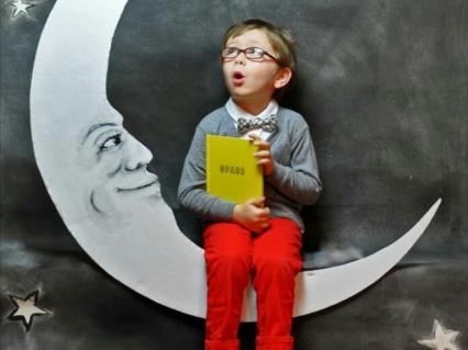【保育】素敵なロケーションで記念撮影☆大きなお月さまに座ってハイポーズ