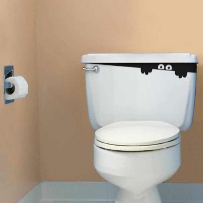 ハロウィーンの時期のトイレを楽しく